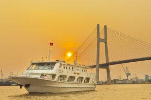 Cho thuê Du thuyền du lịch trên sông Sài Gòn
